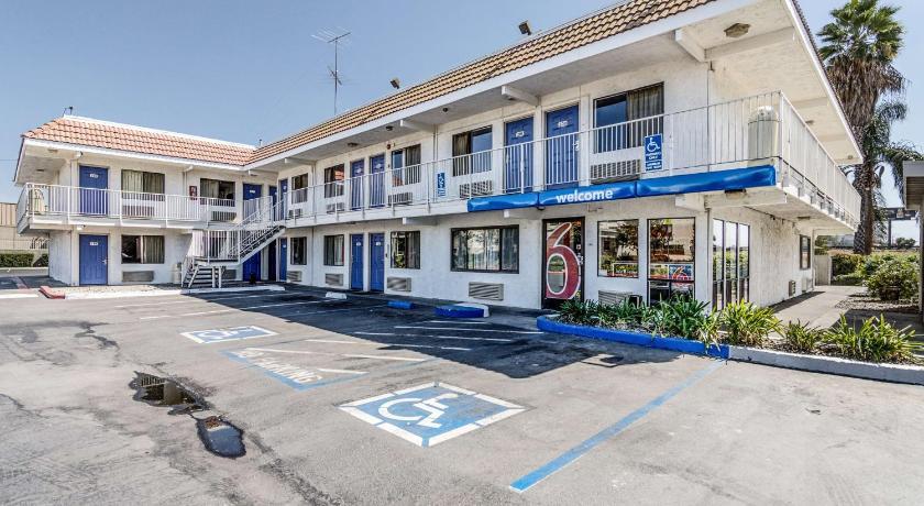 Motel 6 Usa Map.Motel 6 Modesto 1920 West Orangeburg Avenue Modesto