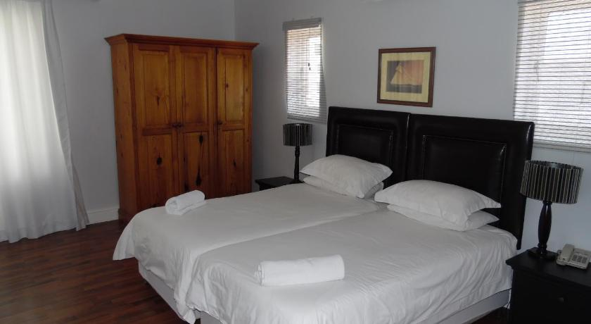 Double or Twin Room Albatross Guest House