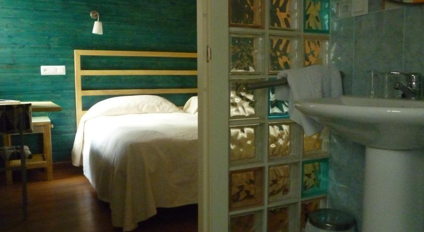 More about Hostal Los Cerros