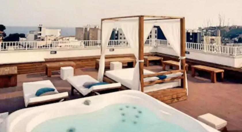 Best time to travel Spain Hotel Lis Mallorca