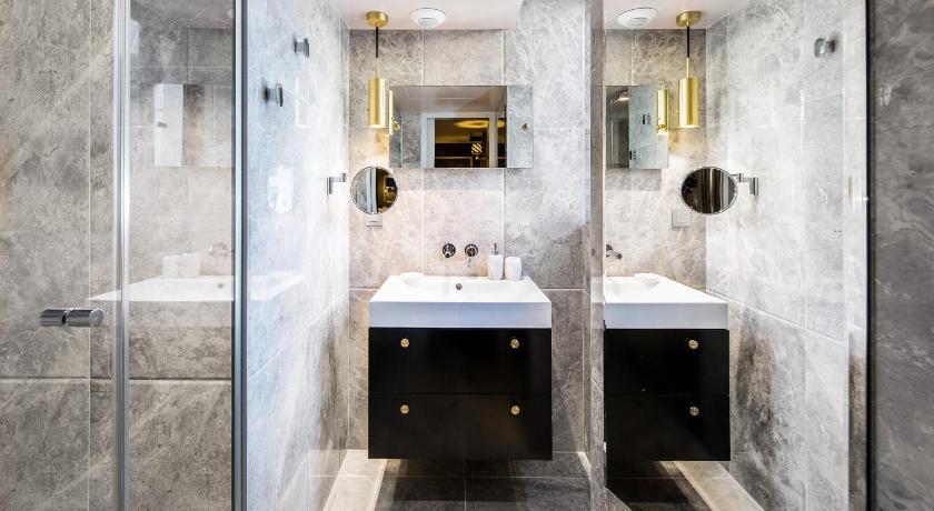 Snob Hotel By Elegancia 86 Rue Saint Denis Paris