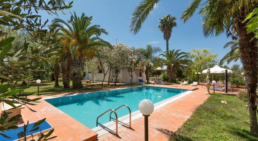 Best time to travel Italy Villa Le Due Sorelle