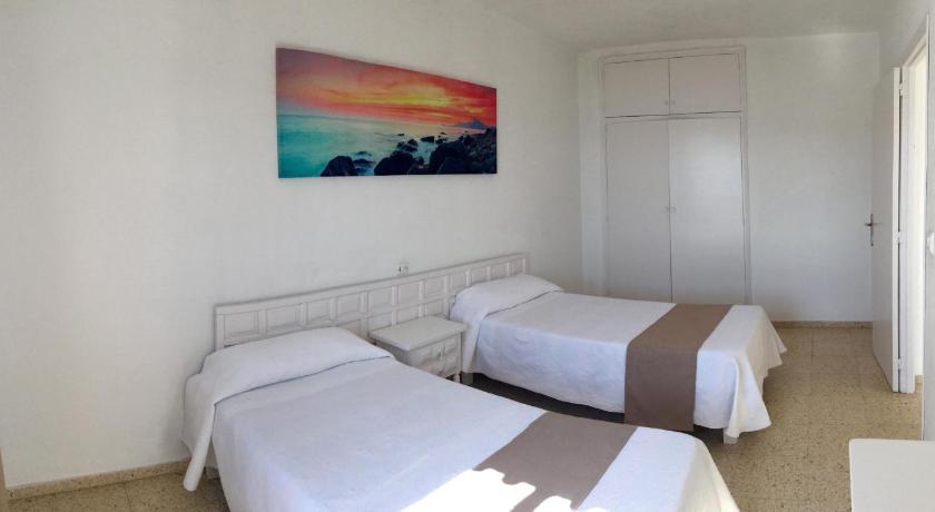 Best time to travel Ibiza Apartamentos Alba