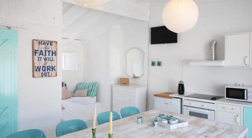 Holiday Home Casa Azul - Barcelona