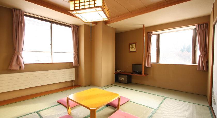 Hotel Chalet Ryuo, Yamanouchi, (Nagano, Japon) - Tarifs ...