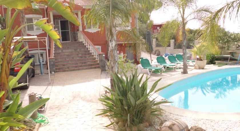 Best time to travel Spain Apartamentos Casa Kurz