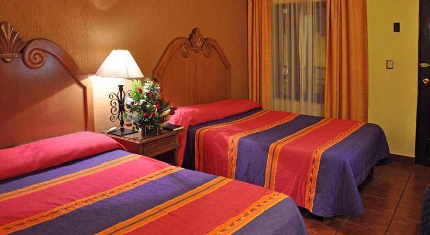 Best time to travel Mexico Hotel la Parroquia