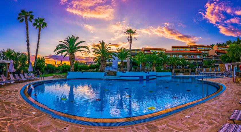Best time to travel Greece Lagomandra Hotel and Spa