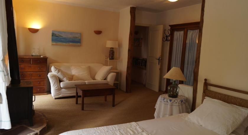 Best time to travel Majorca Sa Plana Petit Hotel