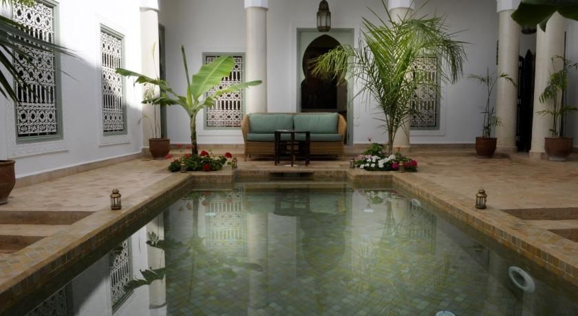 Best time to travel Morocco Riad Les Hibiscus