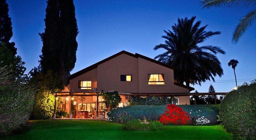 Best time to travel Israel Vilabakfar- Country Style Villa