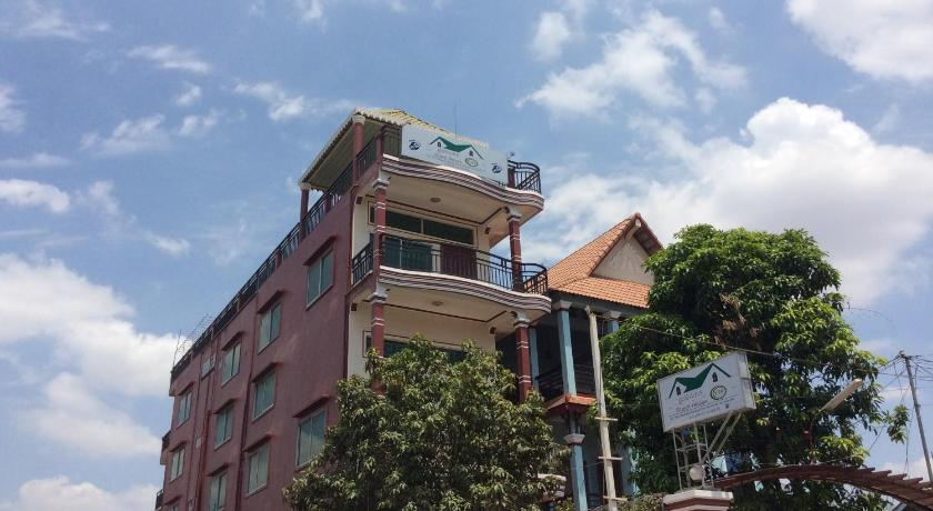Best time to travel Phnom Penh 139 Guest House