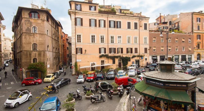 Hotel Dei Fiori Roma.Rsh Campo De Fiori Apartments Entire Apartment Rome Deals