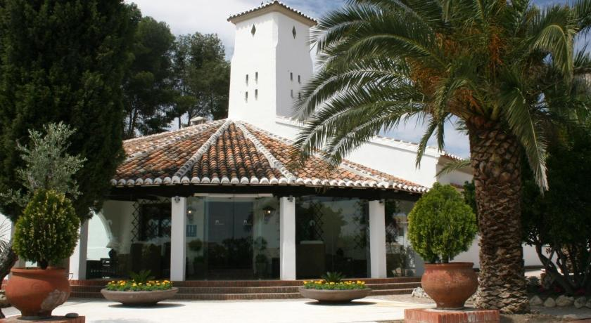 Best time to travel Toledo Hotel & Spa La Salve