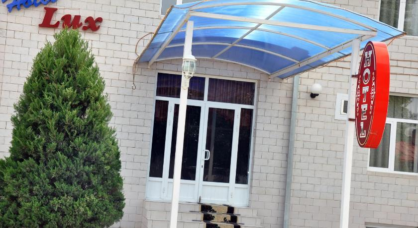 Best time to travel Samarkand Lux Hotel