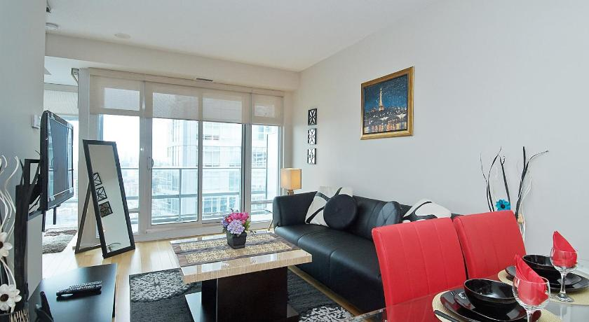 Best time to travel Toronto Executive Furnished Properties - Midtown (Yonge/Eglinton)