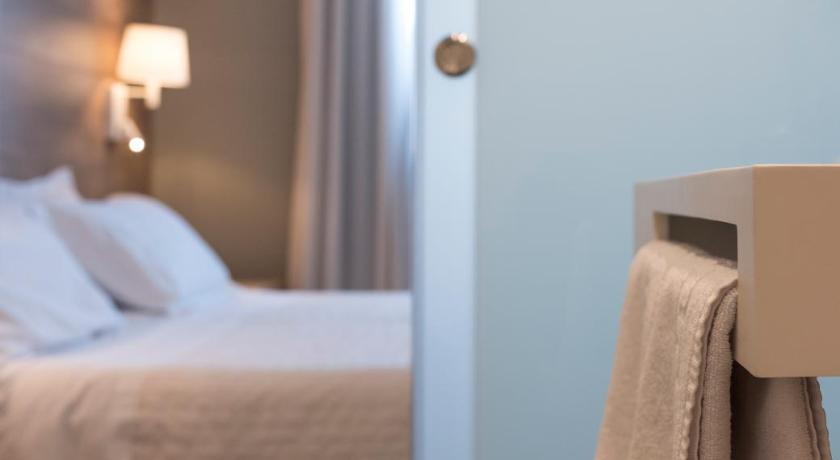 Best time to travel Costa Daurada Hotel L'Algadir del Delta