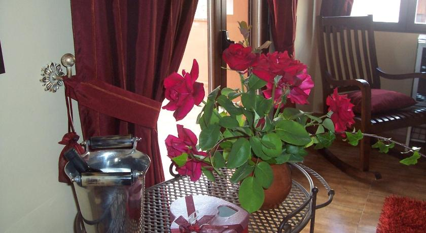 Laurel De La Reina Bed Breakfast Boutique La Zubia