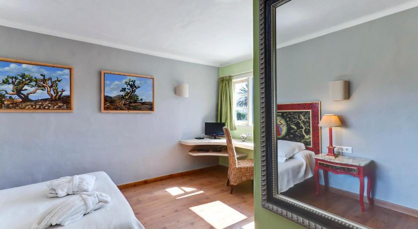 Best time to travel Lanzarote Casa de Hilario
