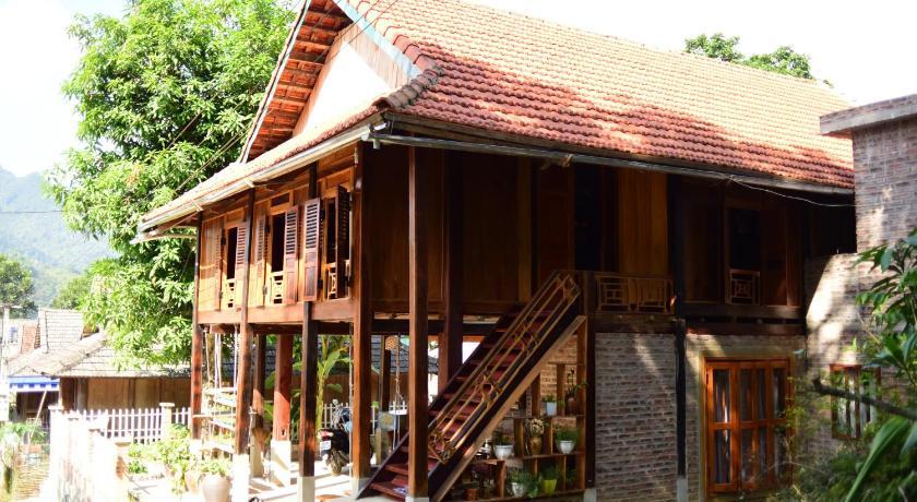 Lim's house