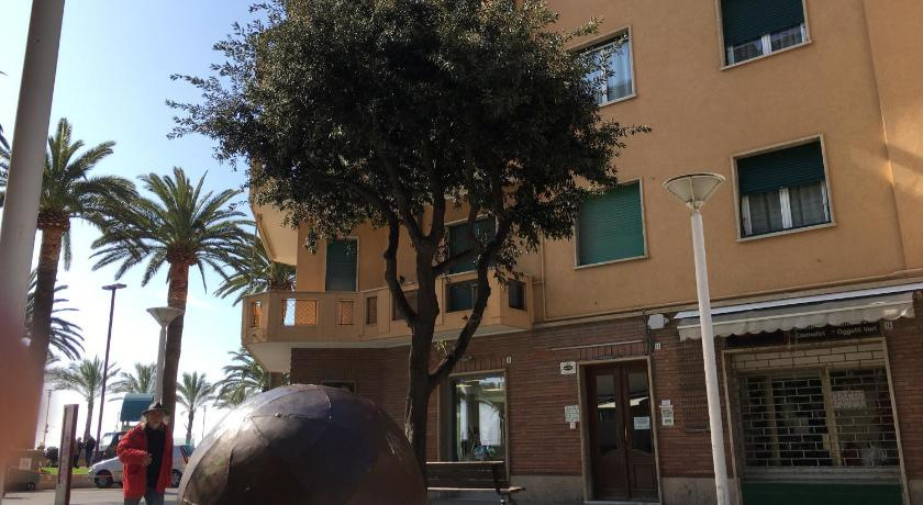 Hotel Dei Fiori.Book Albergo Dei Fiori In Finale Ligure Italy 2020 Promos