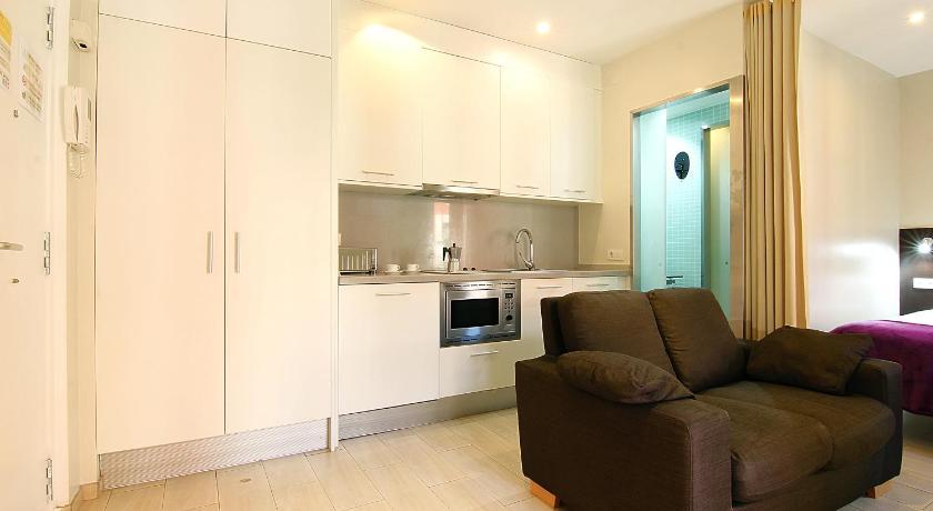 ClassBedroom Apartments I - Barcelona
