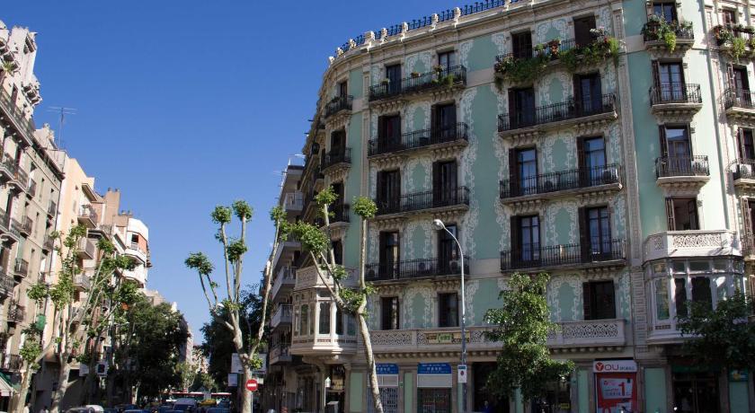 Hostalin Barcelona Diputación - Barcelona