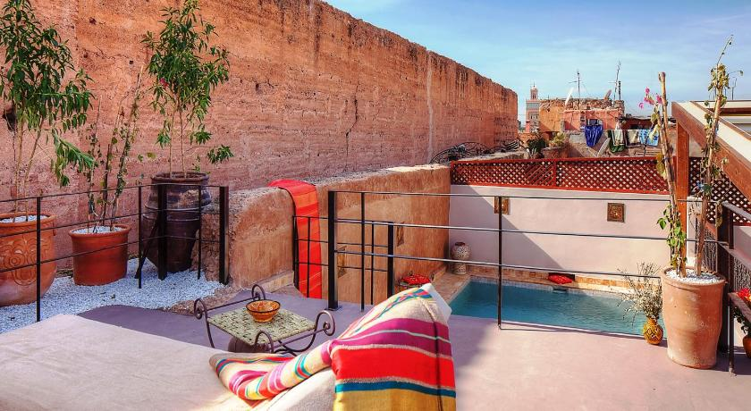 Best time to travel Morocco Riad Carina