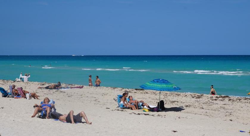 Sunshine At Casablanca Miami Beach Fl