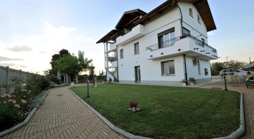 Best time to travel Piedmont La Lumaca Nel Pozzo