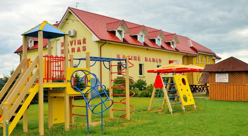Best time to travel Kaunas Armenia