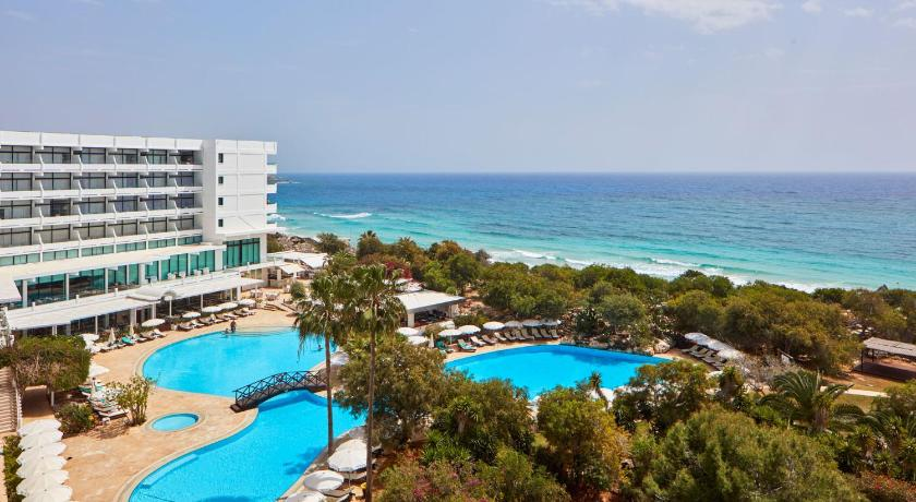 Best time to travel Protaras Grecian Bay
