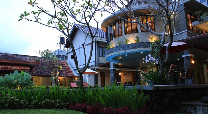 Hotel Sriti Magelang Prices Photos Reviews Address Indonesia