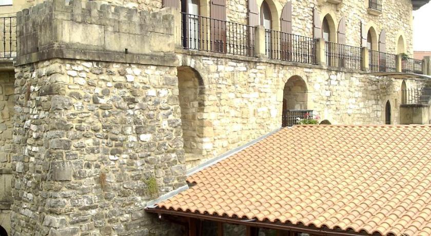 Best time to travel San Sebastián Hotel Obispo