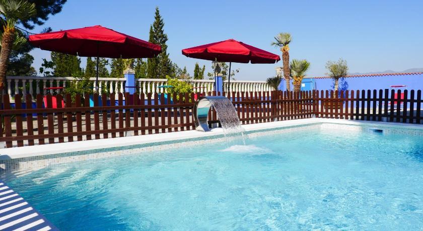 Best time to travel Sant Martí Hotel Restaurant El Bosc