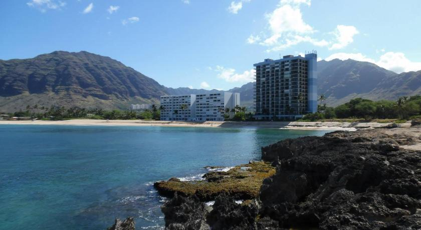 Best time to travel United States Makaha Beach Cabanas Penthouse