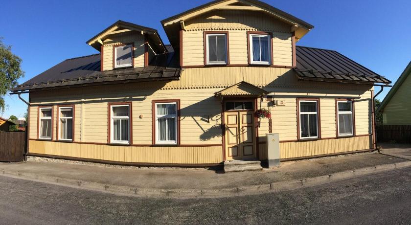 Aikarali Home Accommodation Haapsalu Parhaat Tarjoukset Agoda Com