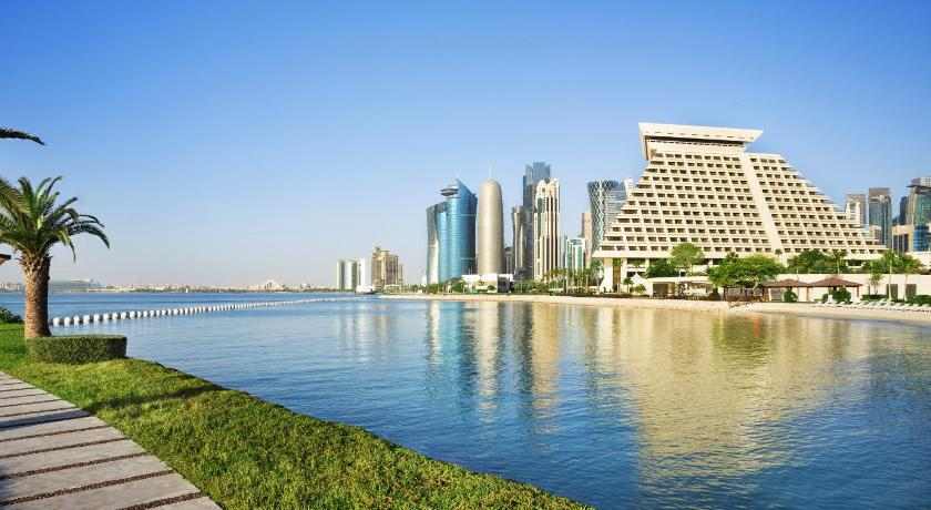 Best time to travel Doha Sheraton Grand Doha Resort & Convention Hotel