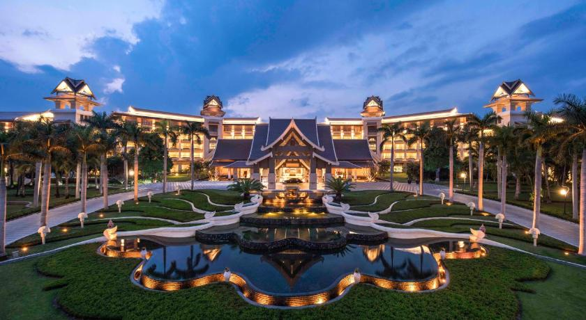 Best time to travel China Sheraton Grand Xishuangbanna Hotel