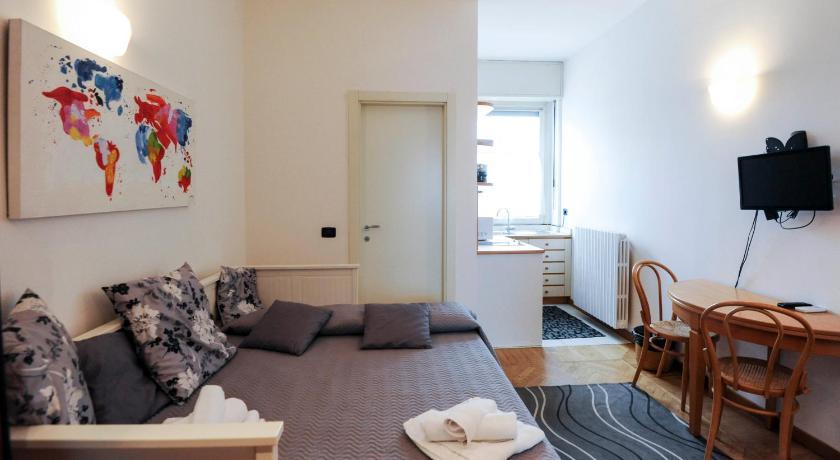 Best time to travel Milan Duomo 2 Apartment