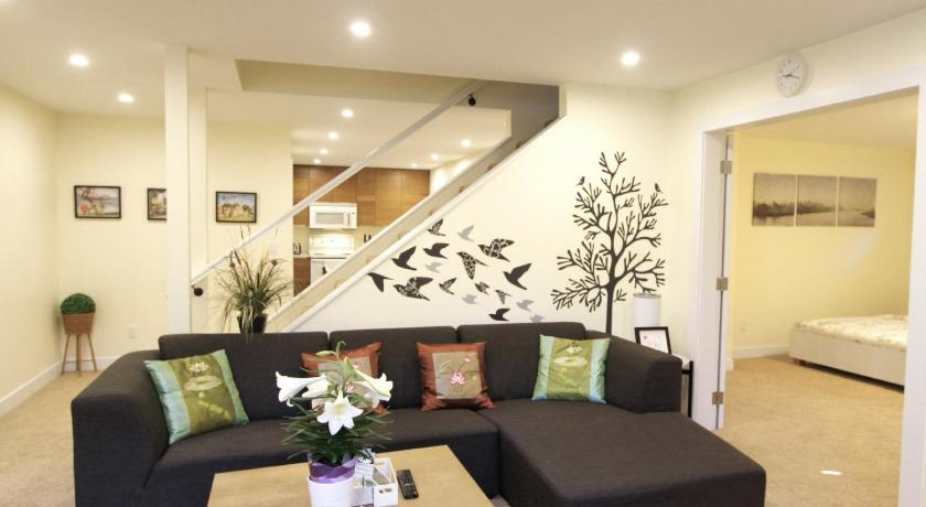 Best time to travel Vancouver Alex House in South Cambie
