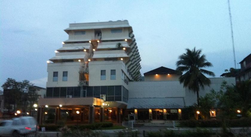 帕拉多恩旅館