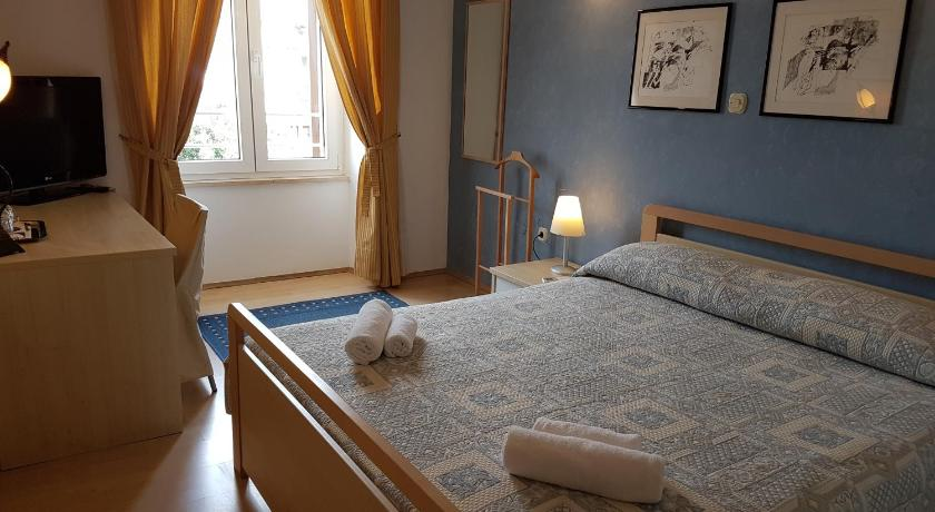Double Room Apartments Villa Rossella 2