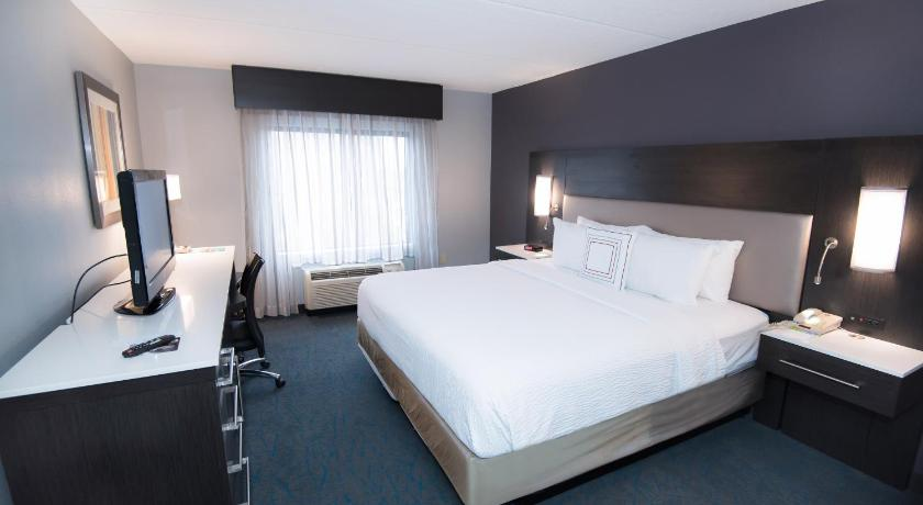 Best time to travel United States Fairfield Inn & Suites Atlanta Airport North