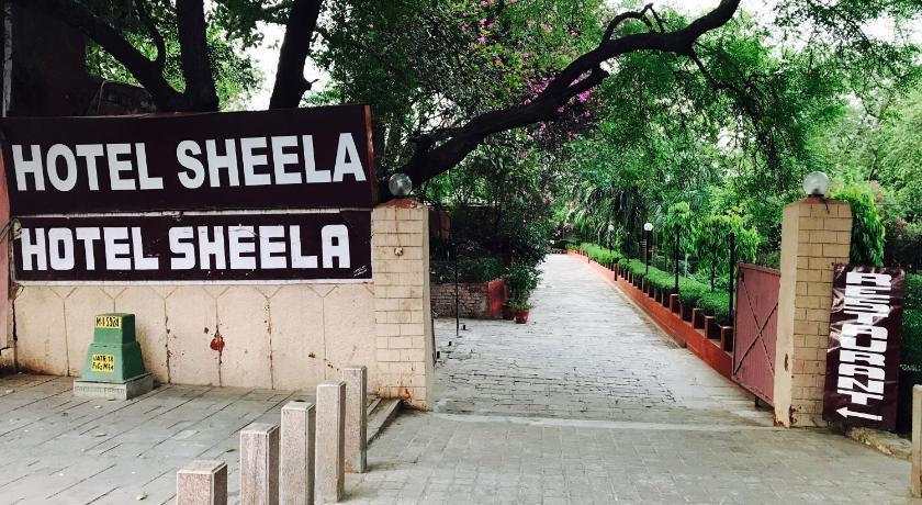 Best time to travel Taj Mahal Hotel Sheela