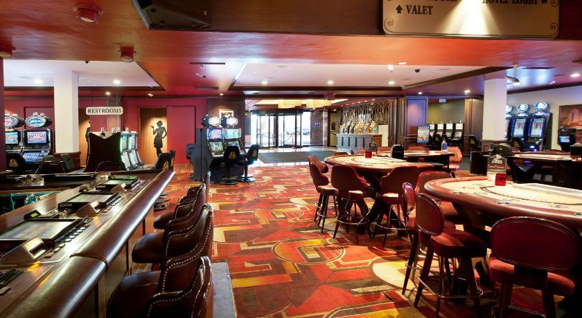 Star casino gold coast showroom