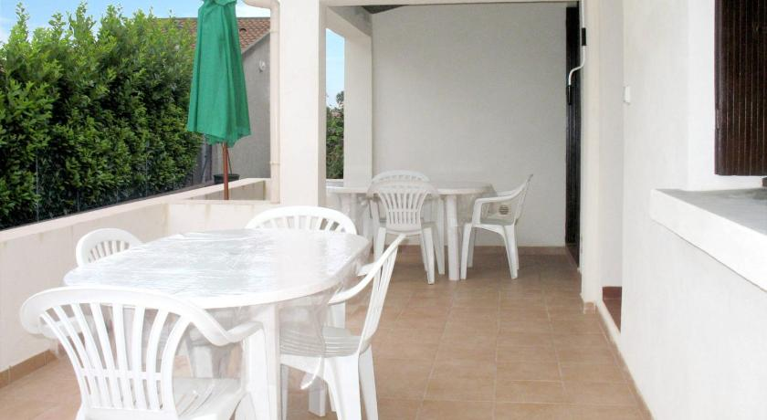 Casa Vacanze Holiday Home Maison Dami (MNI211)