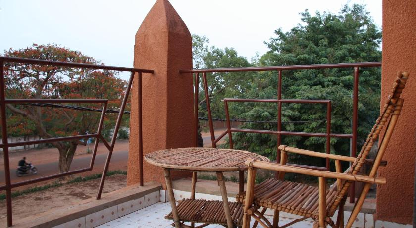 Best time to travel Bobo-Dioulasso Villa Rose