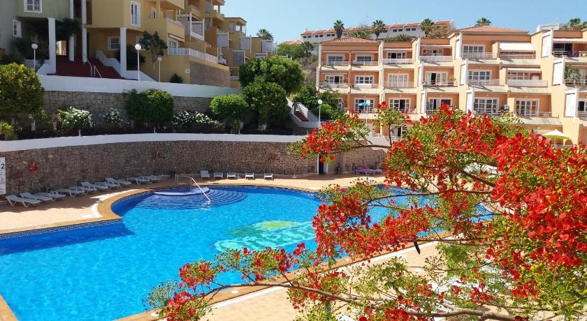 Summer Beach House Entire Apartment
