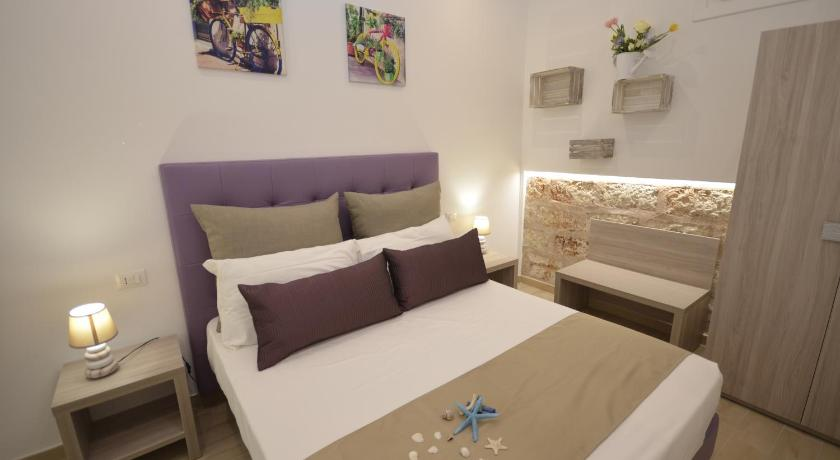 Budget Double or Twin Room without Window Hotel Soffio D'Estate